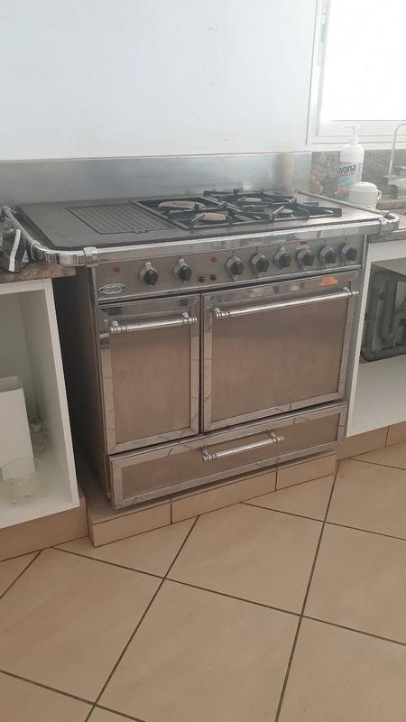 Hotte Et Cuisiniere Godin Grande Chatelaine Rare Electromenager Saint Barthelemy Cyphoma