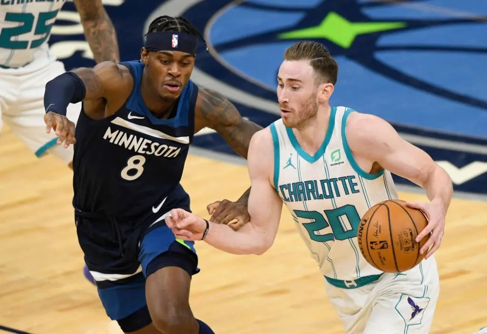 Timberwolves wrap up first half of season with 135-102 loss to Hornets |  FOX Sports