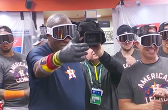 Astros celebrate after advancing to World Series