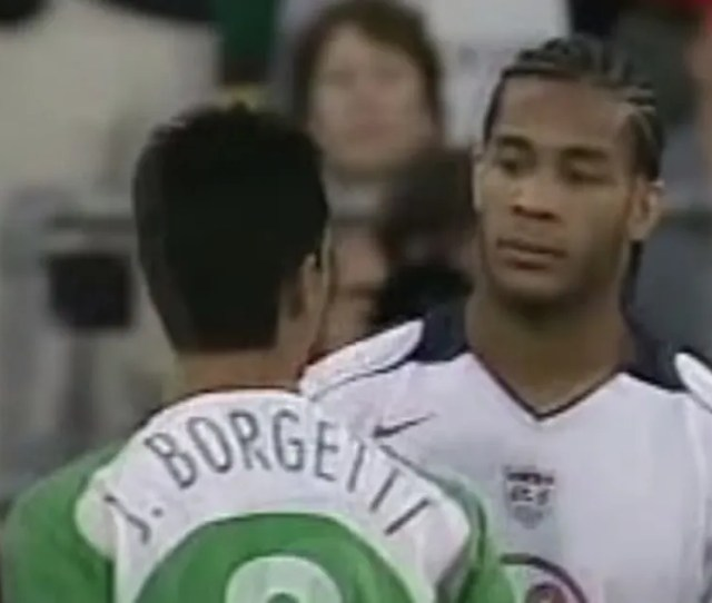 The Best Moments In Dos A Cero History Oguchi Onyewu Stares Down Jared Borgetti Fox Sports