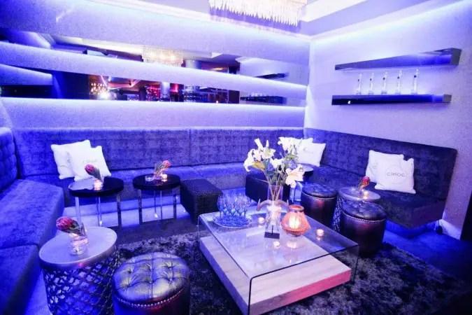 Extraordinary Living Room Zomato Gallery - Simple Design Home ...