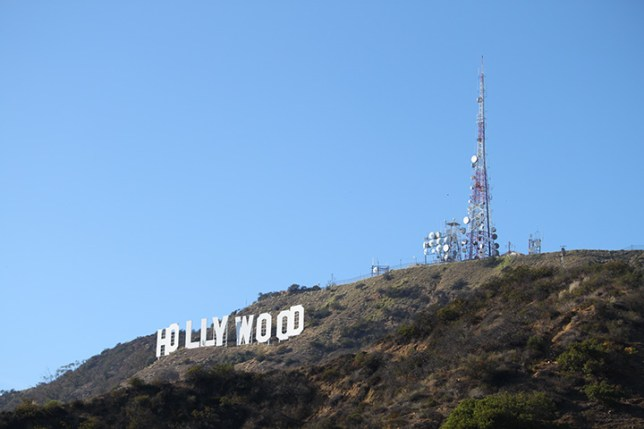 An example of the way to the Hollywood Sign