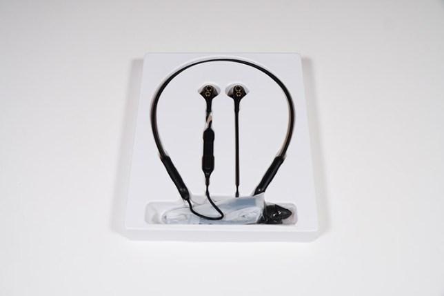 HOKONUI Bluetooth5.0 ワイヤレス IPX5防水防汗 ノイズキャンセリング イヤホン