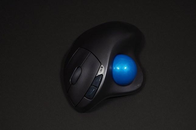 ロジクール ワイヤレストラックボールマウスSW-M570
