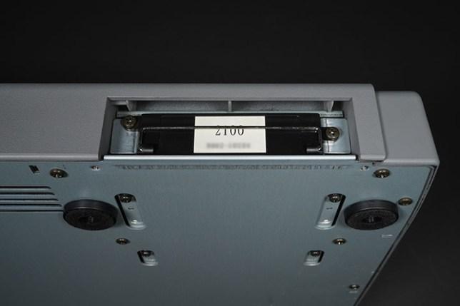 VS-1680 ハードディスクスロット