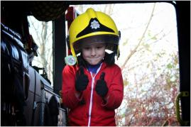 Everyone's favourite - a go in a fire engine! Some of the grown ups wanted a turn but were too shy (Ed from The Factory!) ;)