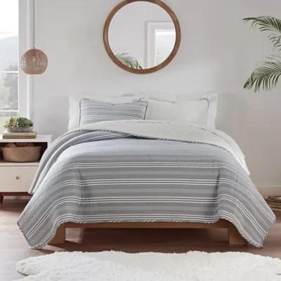 navy blue quilt bed bath beyond