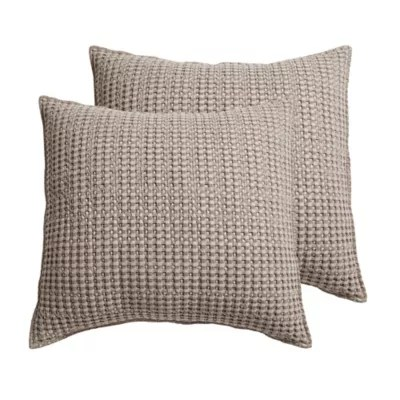 https www bedbathandbeyond com store s quilted pillow shams