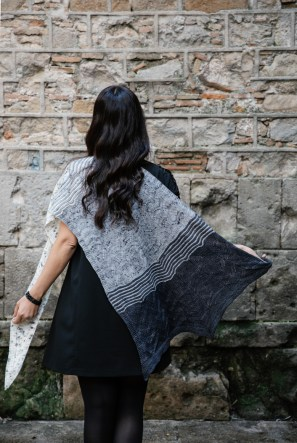Evolve Shawl by Joji Locatelli, Interpretations Volume 6 - Pom Pom Press - photo Jonna Hietala, 03