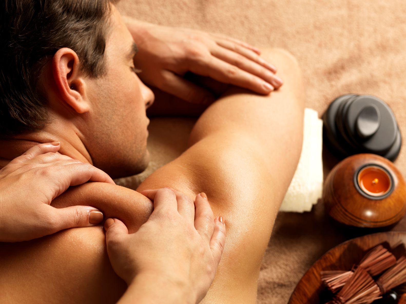 ผลการค้นหารูปภาพสำหรับ oil massage
