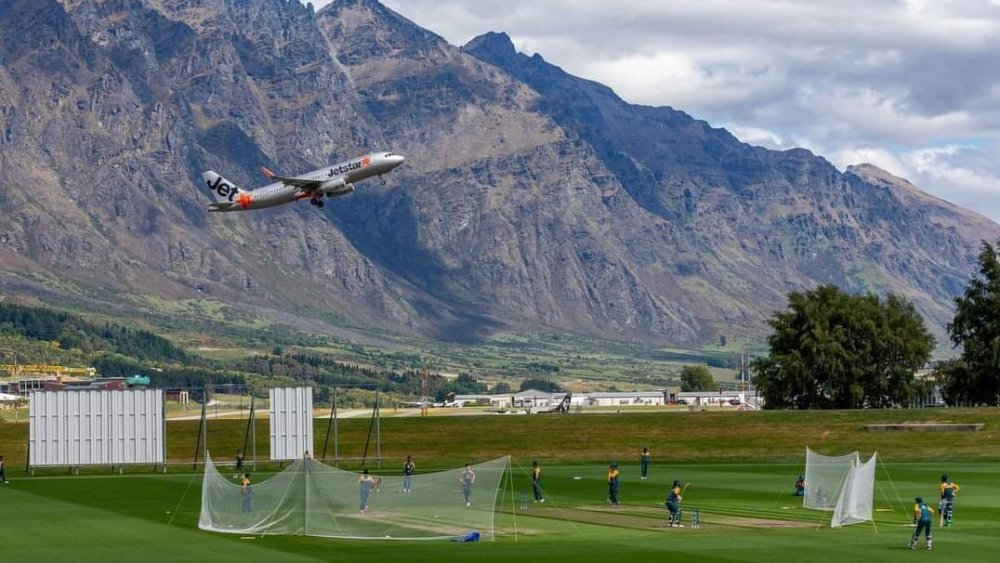 Pakistan cricket team training in the most scenic cricket grounds of New Zealand, Queenstown