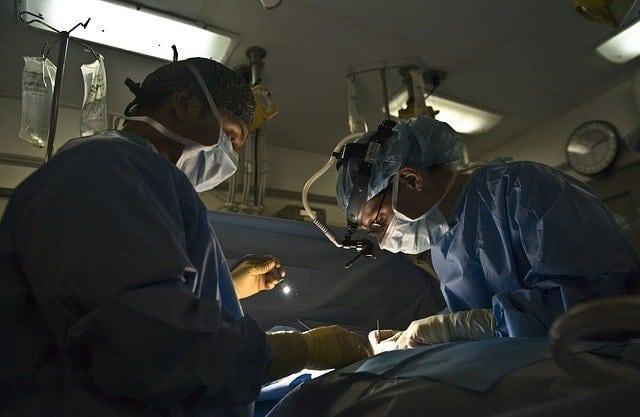 mandulaműtét