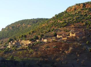 Morocco_Ouzoud_Falls_25