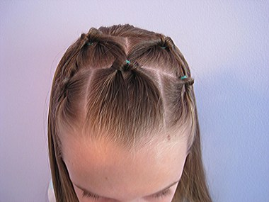 Bang Pull Back | 5 Flipped Ponytails from BabesInHairland.com (13)