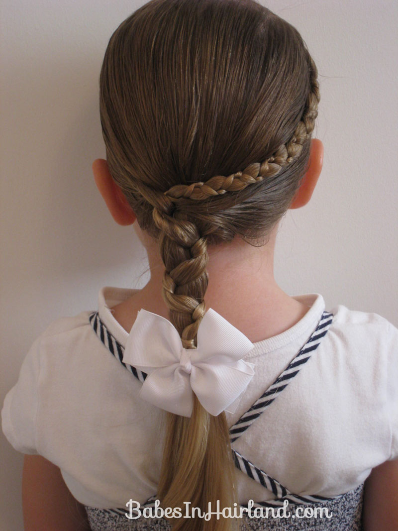 hair styles in braids uneven accent braid into an uneven side braid in 1181