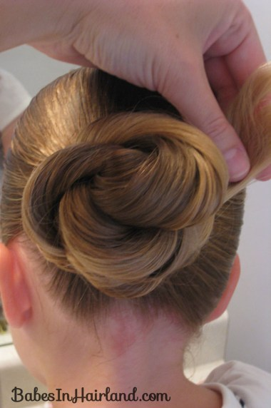 Loopy Bun Hairstyle (5)