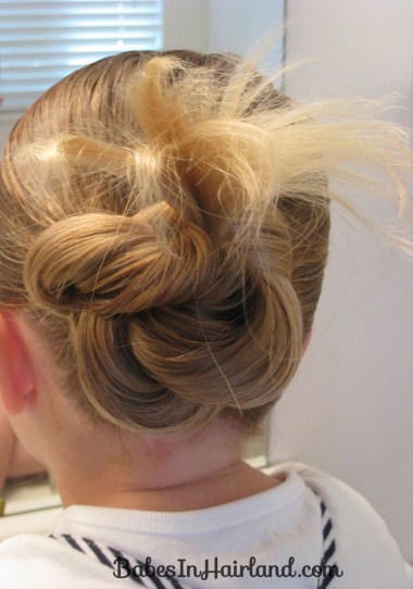Loopy Bun Hairstyle (8)