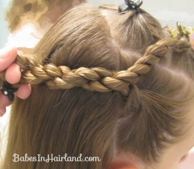 Knots and Twists (5)