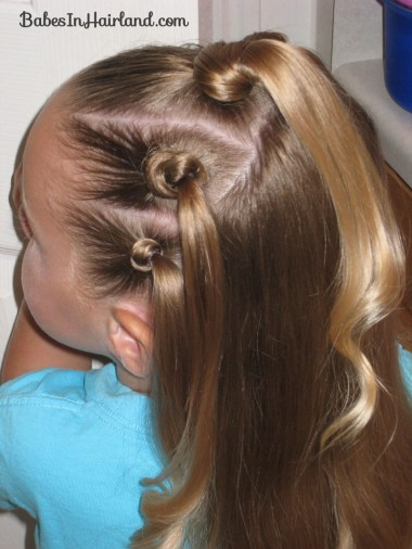 Knotty Flower Girl Hairstyle (9)