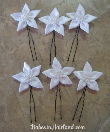 Accessorizing with Hair Pins (10)
