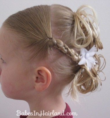 Flower Girl Hairstyle (16)