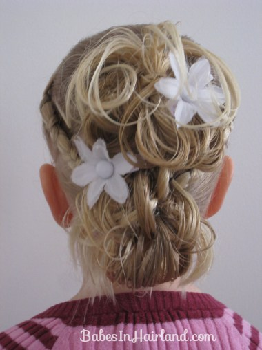 Flower Girl Hairstyle (17)