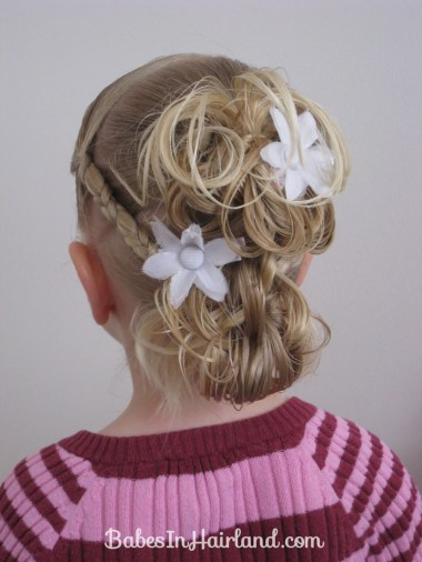 Flower Girl Hairstyle (1)