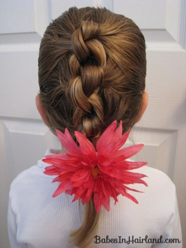 Row of Knots Hairstyle (8)