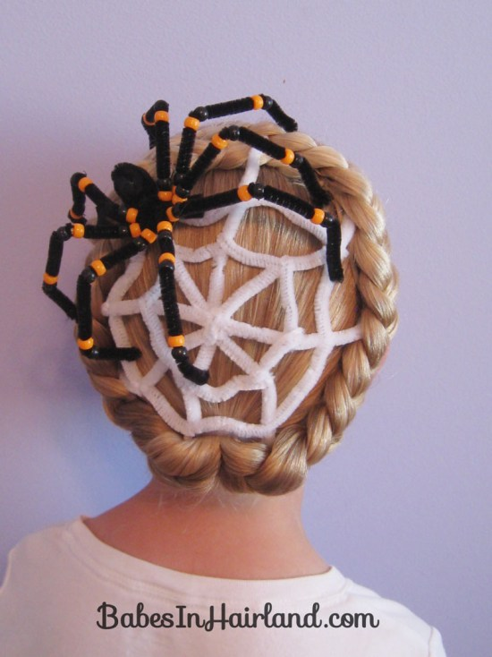 Spiderweb Hairstyle | Halloween Hairstyles (7)