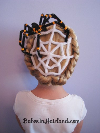 Spiderweb Hairstyle | Halloween Hairstyles (1)