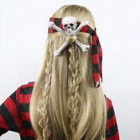 Skull & Crossbones Pirate Hair | Halloween Hairstyle