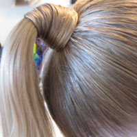 2 Wrapped Ponytails – Madonna Style