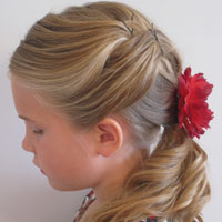 Pretty & Relaxed Ponytail