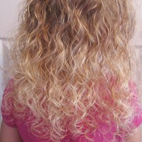 How to Care for Your Daughter's Curly Hair – Tips, Tricks & Advice
