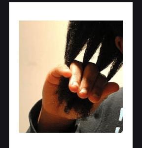finger detangling