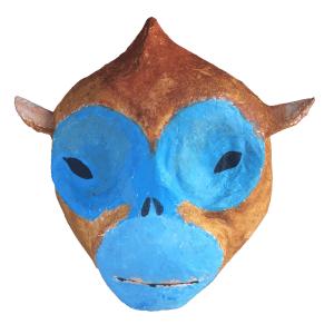 papiermache dierenkop van een aap met blauwe snoet