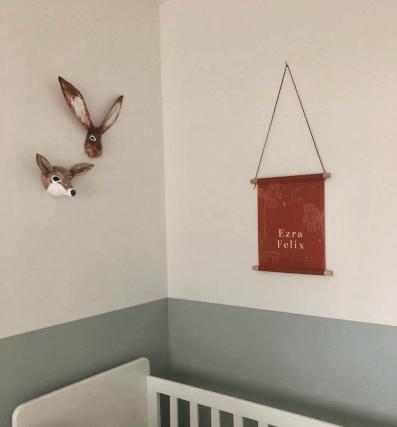 papiermache vos en haas in babykamer