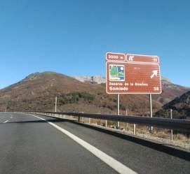 MONTAÑA DE BABIA Y LUNA critica que la AP-66 sólo indique la salida a la reserva de Somiedo