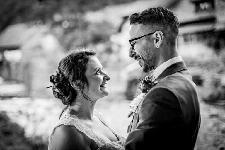 Mariage bohème, romantique & joyeux à Wisches