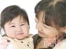 ママの抱っこで安心笑顔♡