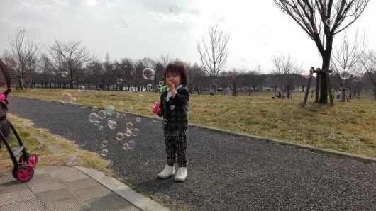 こゆたん2歳5ヶ月 遊び シャボン玉