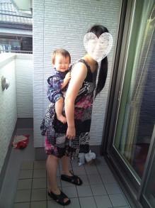 赤ちゃん おんぶ 11ヶ月