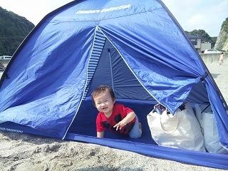 海 赤ちゃん テント