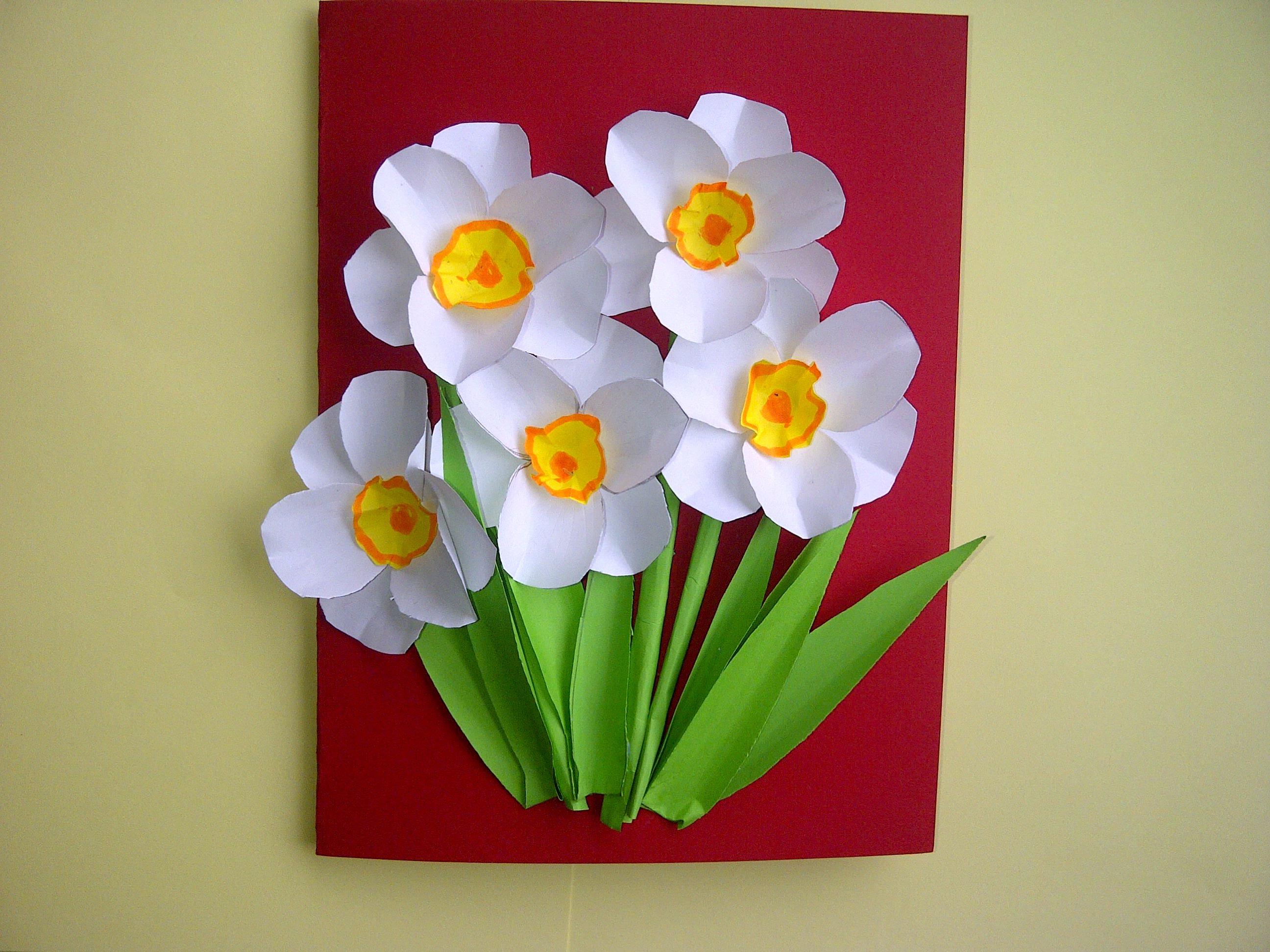 Открытка с тюльпаном для мамы