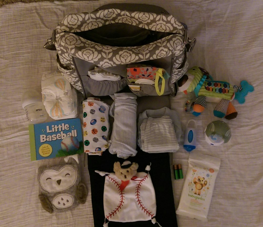 packing-the-diaper-bag-open-babycastanonboard.com