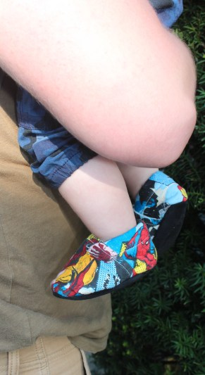 baby-shoes-wee-little-piggies-super-heros-closeup2016