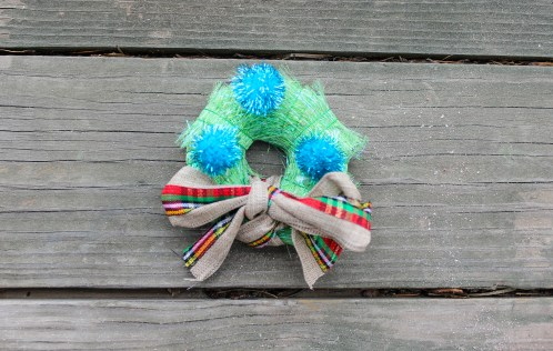 DIY-Gift-bow-adornment-babycastanonboard.com-fuzzy-complete