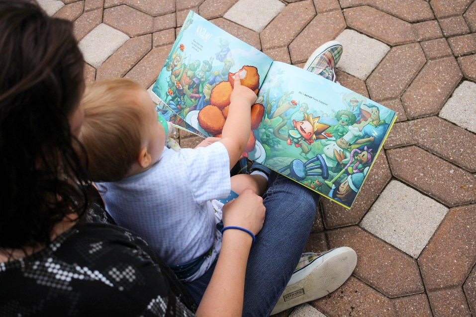 We love reading personalized kid's books to our little guy. Here is a review of the new Lost My Name personalized kid's book Kingdom of You. - Kingdom of You Book Review featured by popular DC mommy blogger, Baby Castan On Board