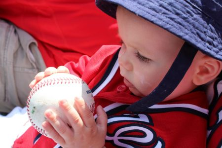 baby-first-baseball-game-babycastanonboard.com4