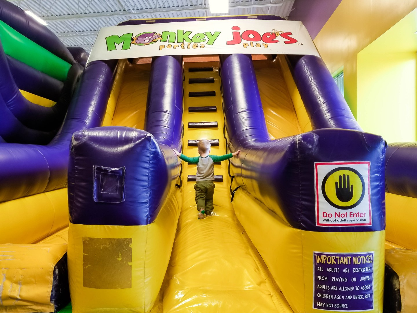 Indoor Toddler Fun: Monkey Joe's Review
